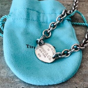 ♥️ Tiffany & Co. ♥️ Oval Tag Necklace